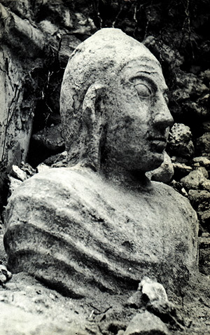 thoddu_statue_1959