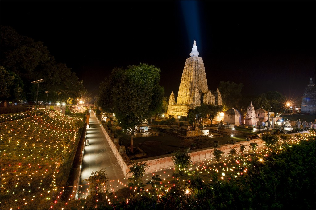 Bijoy - 003- Panoramic View of Mahabodhi Temple - Bodh Gaya